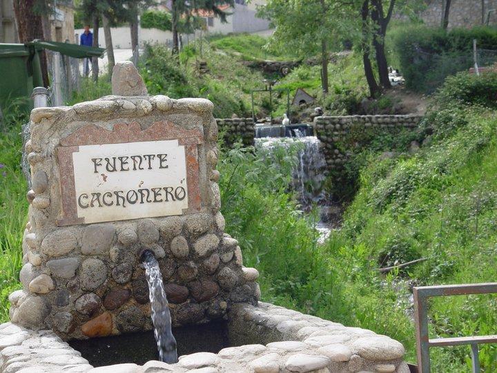 Fuente Cachonero (Marisol)